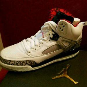 Authentic Jordan Spizike BG Size 6.5Y